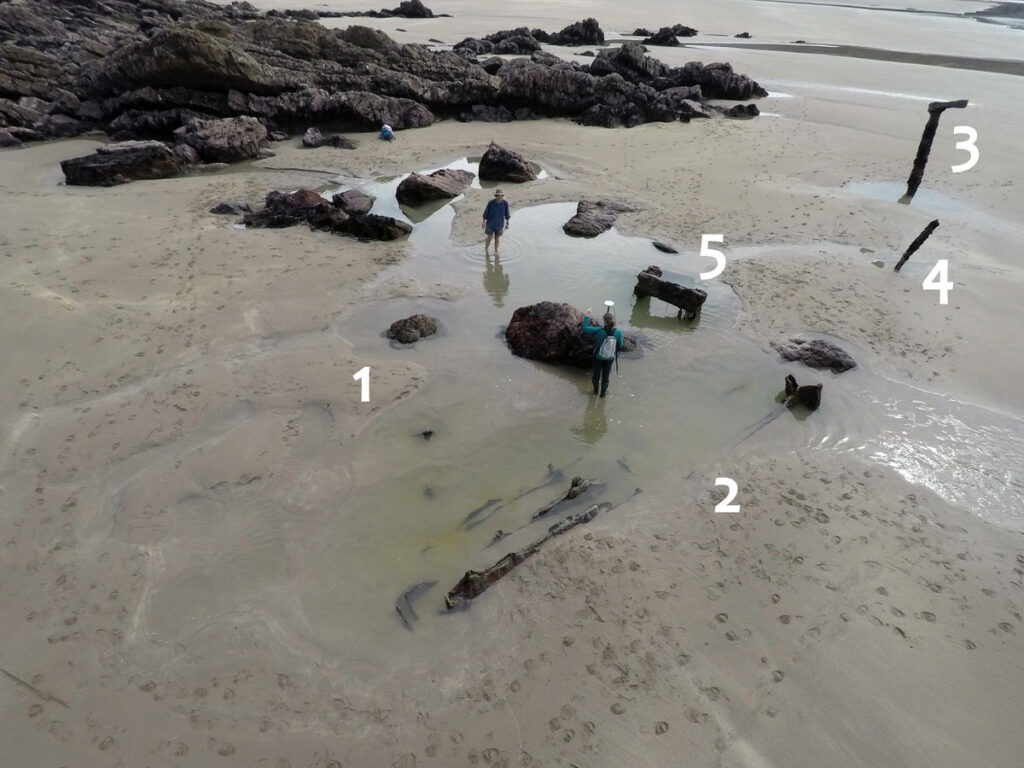 Different components of the Albion shipwreck site including storm scour (1), remains of the boiler (2), crankshaft (3) piston rod (4), and crankshaft bearing frame.