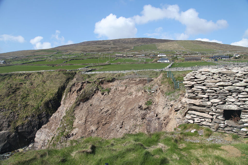 Image of Dunbeg taken in April 2019 displaying very recent collapse of the entrance through the rampart from the southern side